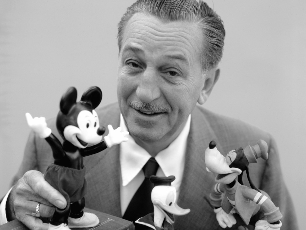 walt-disney-with-friends