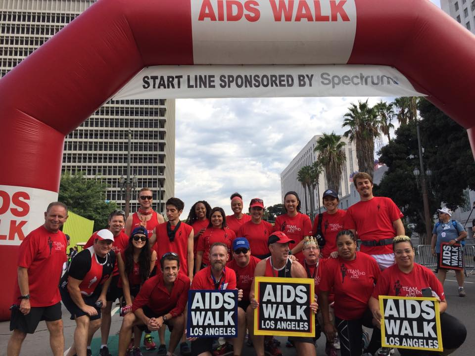 t2ea-aids-walk-starting-line